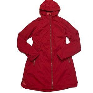 8 / Lululemon Definitely Raining Jacket